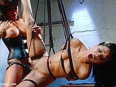 Skin Diamond & Gia DiMarco in Electro-Fucked In Side Suspension - Electrosluts