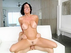 Bodacious cougar Veronica Avluv can't get enough hardcore anal action