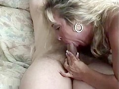 Mature blonde mom gives hubby hot blowjob in first amateur sex tape
