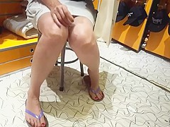 fr's legs upskirt big very long feets toes size 45