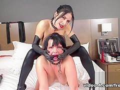 Livecam Bianca  Stephanie Play Switch - Part 1 - KinkyFrenchies