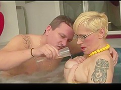 Short Hair Mature Anal In The Pool