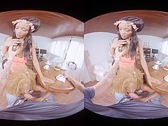 Jasmine Webb  Kiki Minaj in After lunch - VirtualRealPorn