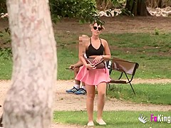 'Can I suck your cock?' Violeta looks for guys in a park