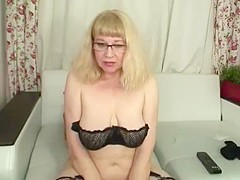Hairy granny in tights on cam