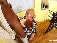Black dude is banging a hot blonde chick