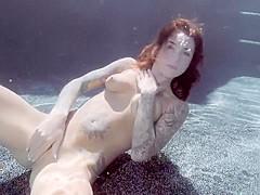 Felicity Feline - Fingers & Rubs - underwater sex
