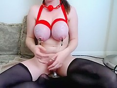 amateur nyxii flashing boobs on live webcam