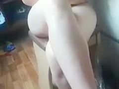 girl records friend in underwear on periscope