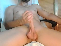Wanking And Cumming 1/4