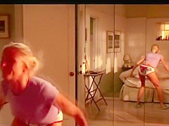 CAMERON DIAZ ASS DANCING SCENE SOMETHING ABOUT MARY