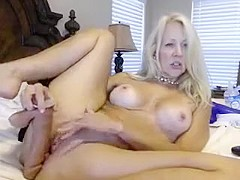 Blonde with nice boobs squirting on webcam