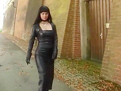 Nice Fetish-lady in very tight  Leather Skirt