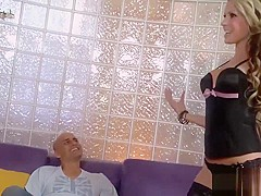 Ravishing starlet Courtney Cummz gets fucked sensually