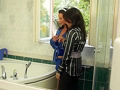 Euro Sluts Get Messy In The Bathtub