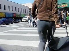 BootyCruise: Chinatown MILF Cam 5