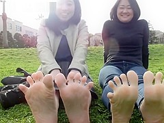 161cm 151cm Japanese university students feet