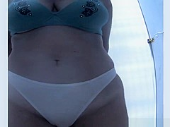 Exotic Amateur, Changing Room, Beach Movie, It'S Amaising