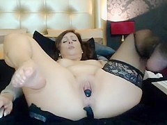 Hot mom at web show 13