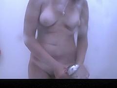 Estrangeiro - Hidden Cam, pretty girl masturbates in beach