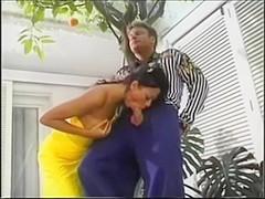 Delight of brazilian brunette fucking in the garden of the house