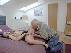 DADDY4K. Fingers of tricky old guy prepare young pussy for drilling