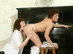 Ethel & Gwendolen_Girlsformatures g522