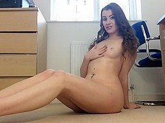 sexy british babe. dirty talk JOI