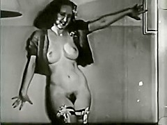 Softcore Nudes 550 30's to 50's - Scene 9