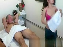 Real asian masseuse gets pussy eaten
