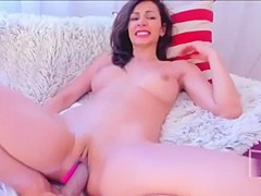 Chat with Aariana4u in a Live Adult Video Chat Room Now0