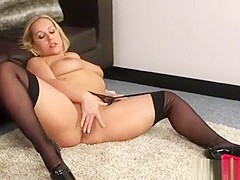 Spicy Honey Gets Sperm Load On Her Face Sucking All The Crea