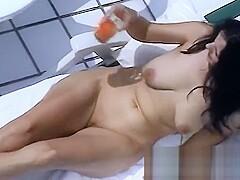 Auf balkon porno dem nackt Nackte Blondine