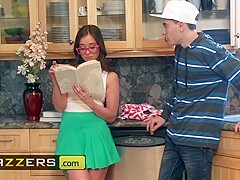Brazzers - Teens like it BIG - Gia Paige Jordi El Nino Polla - Be More Like Your Stepsister
