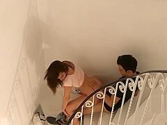 On a baisé sur les escaliers