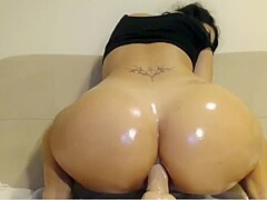 Colombian Webcam Girl Rides Dildo
