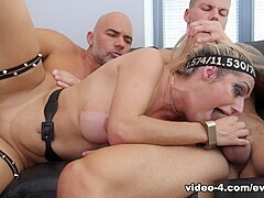Mia Linz & Christian Clay & Angelo Godshack in Mia: Double Penetration/Gaping, Squirt - EvilAngel