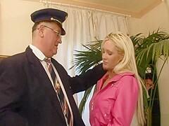 ALT JUNG - busty Blonde Ficken Einen Alten Mann - PornZog Free ...