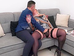Deliciously thick Italian MILF anal creampie