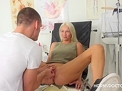 Kinky blonde, Karol Lilien spread her legs wide open for her gynecologist, to get a good fuck