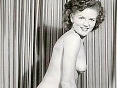 Nackt Betty White  Elizabeth Taylor's