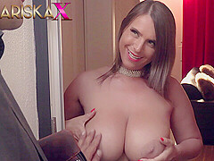 MARISKAX Sexy Susi uses her huge tits to her advantage