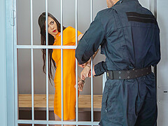 LAW4k. Sexy skinny miss services policeman to get out of prison